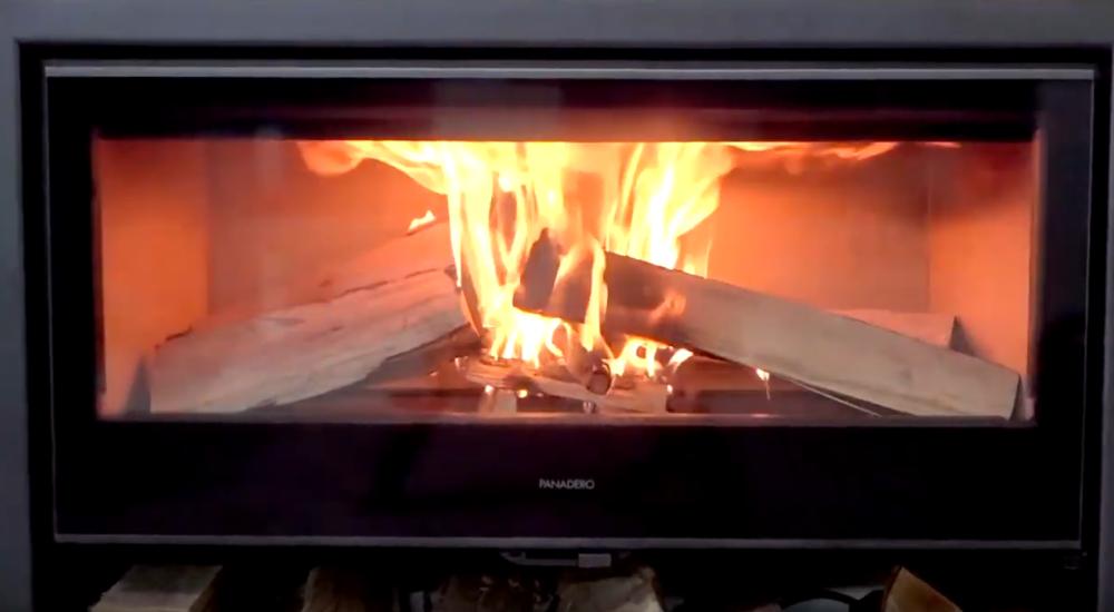 Encendido y funcionamiento de una estufa de leña